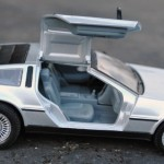 Welly DeLorean Gull Wing Door